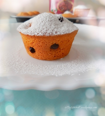 Cranberry Vanilla Cupcakes