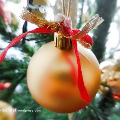 christmasball2